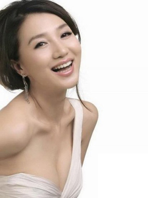 丰胸美胸:九大性感女神丰胸美胸方法