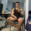 28岁越南头号肌肉网红,大粗腿实力超群